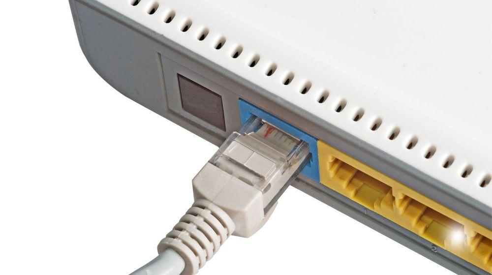Sårbar: Noen titalls rutere med utdatert programvare ble utnyttet til å slippe gjennom store mengder DNS-forespørsler i Gets nett.