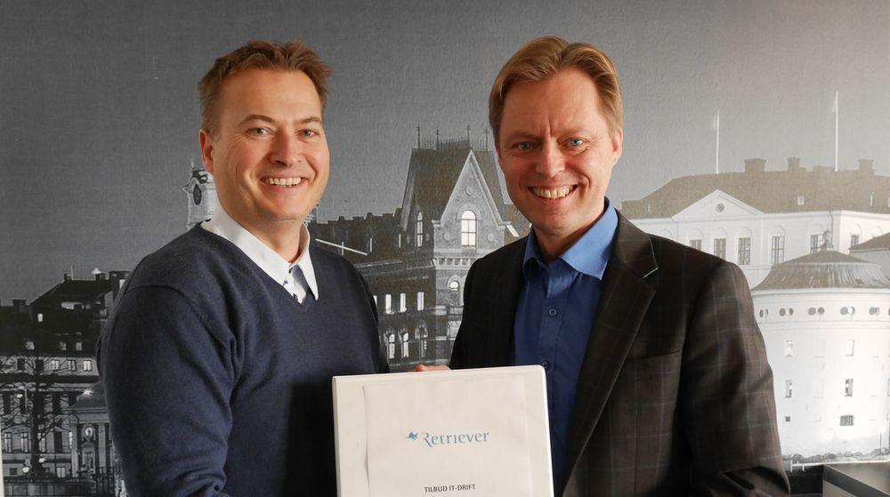 GOD KJEMI: (fra v.) Rene Eriksen, direktør for operations i Hafslund-eide Embriq og teknologidirektør Ole-Martin Halden i Retriever Norge.
