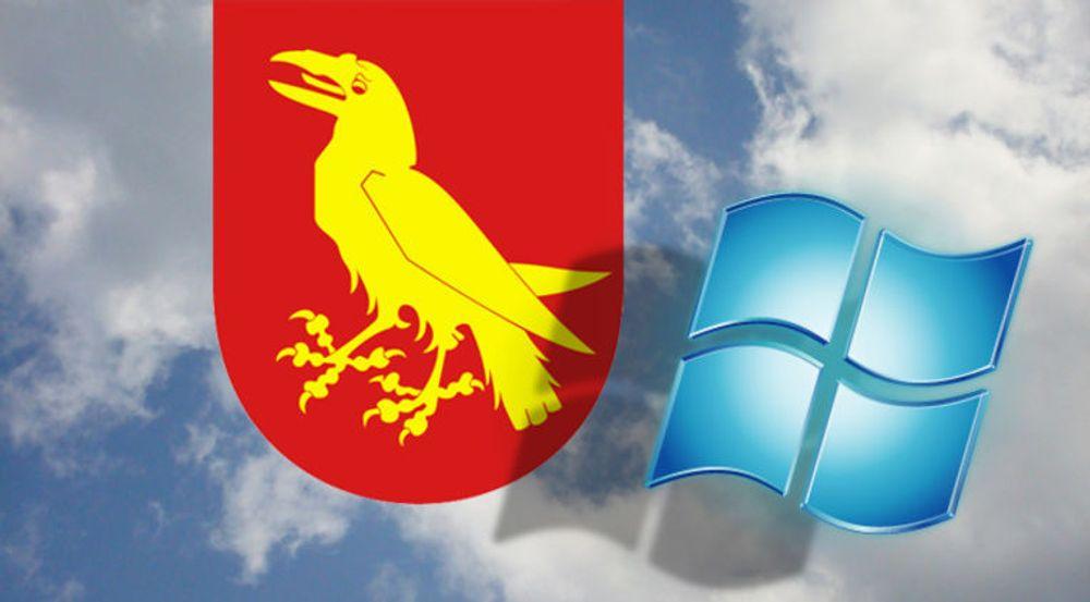 Moss kommune har som landets første kommune valgt å flytte store deler av IT-parken sin ut i Microsofts skysentraler. Men de gjør det etter Ole Brumm-modellen «ja, takk begge deler». Noe skal fortsatt kjøre lokalt.
