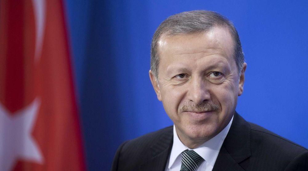 Tyrkias statsminister Tayyip Erdogan (bildet) lovet «å rykke nettverket opp med roten». Nå har landets forfatningsdomstol kommet til at sensuren bryter grunnloven.