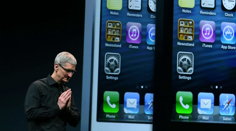 Tim Cook og Apple overbeviste ikke, trass rekordsalg av både iPhone og iPad.