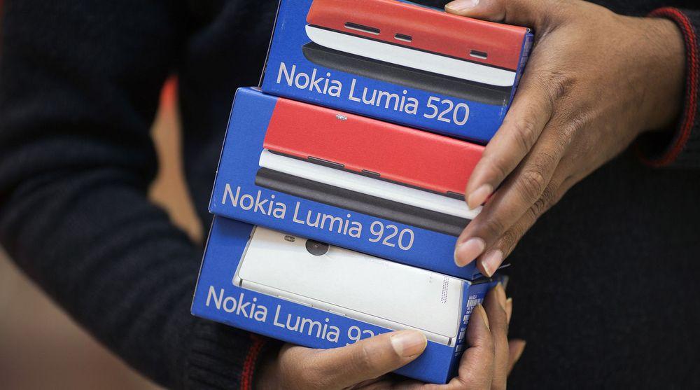 Mange Lumia-telefoner forble trolig usolgte i forrige kvartal, etter at etterspørselen falt med nesten sju prosent.