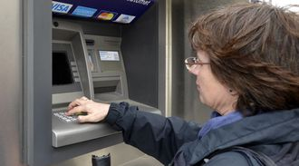 Banksystemet bruker GNSS-tid til å holde alle transaksjoner synkronisert.