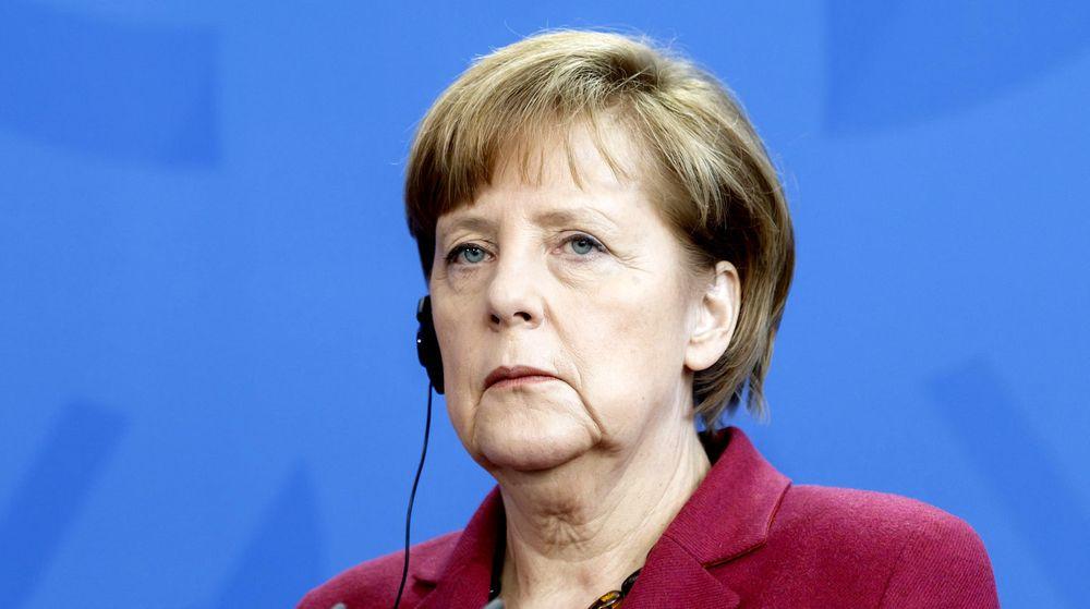 Tysklands forbundskansler, Angela Merkel, mener at mer omfattende overvåkning av elektronisk kommunikasjon vil bidra til at flere terroraksjoner vil bli stoppet i framtiden.