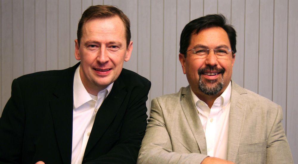Styreleder i SBN,  Stein Ove Røv (tv), sammen med Carlos Solari (th) som i dag driver selskapet Solari Innovations og jobber med IT-sikkerhetsstrategi.