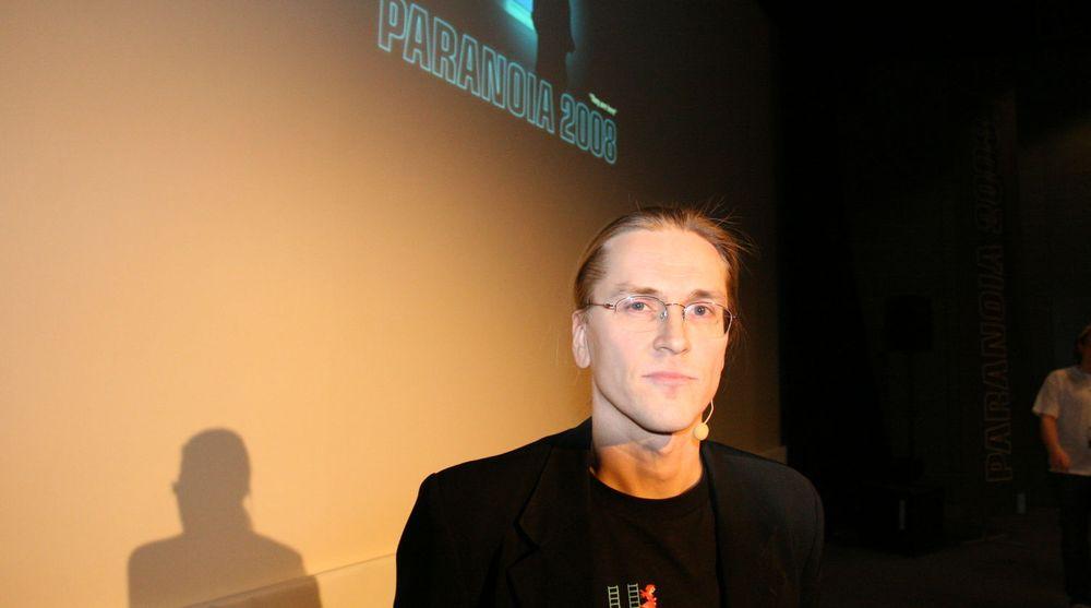 Sikkerhetsspesialisten Mikko Hyppönen trekker seg som foredragsholder ved RSAs konferanse i februar 2014 som en reaksjon på forrige ukes avsløring om en påstått hemmelig avtale mellom RSA og NSA om bruk av  krypteringsteknologi i RSA-produkter. Her er Hyppönen avbildet da han holdt foredrag under Paranoia-konferansen i Oslo i 2008.