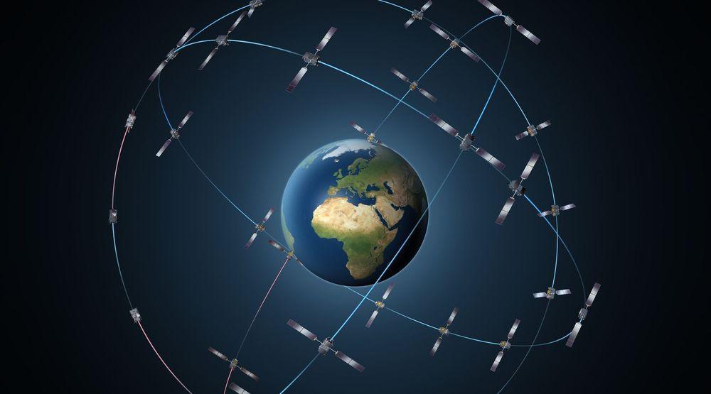 Galileo-systemet skal bestå av i alt 30 satellitter, men kan nå bli ytterligere forsinket fordi utplasseringen av de to første satellittene var mislykket. Galileo-systemet skal gi god dekning til 75 grader nord og sør, noe som i Europa betyr så langt nord som Bjørnøya.
