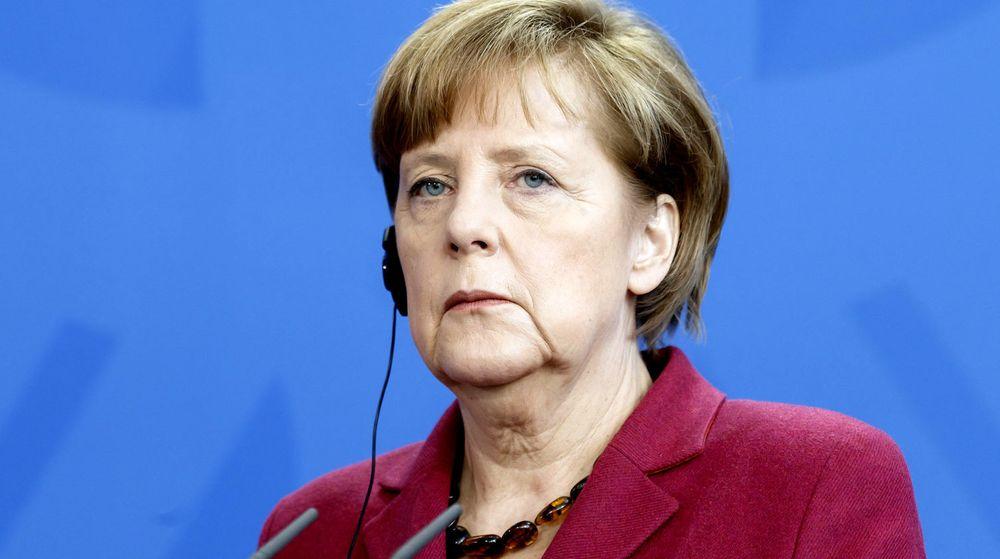 Edward Snowden har lekket opplysninger om etterretningsorganisasjonen NSAs overvåkingsaktiviteter, og blant annet er det avslørt at NSA har overvåket Tysklands statsminister Angela Merkels (bildet) personlige mobiltelefon.