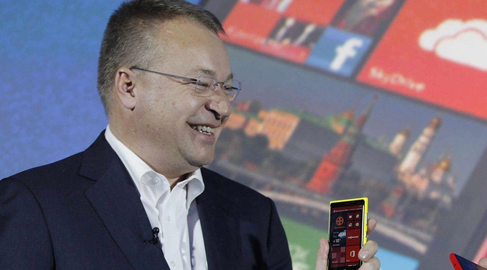 Stephen Elop tjente 200 millioner kroner og ny toppjobb i Microsoft på å selge Nokias mobildivisjon.