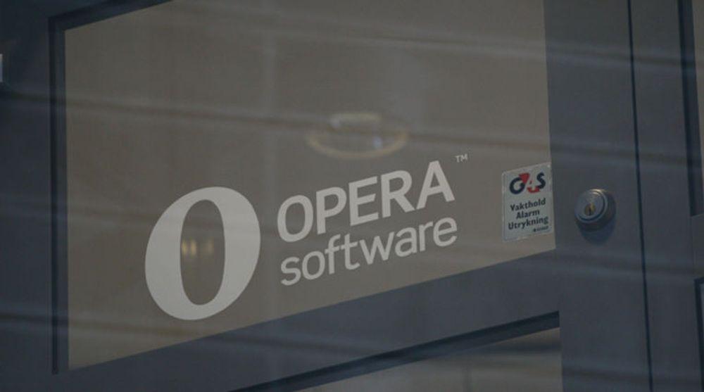 Solgte Opera-aksjer for 100 millioner