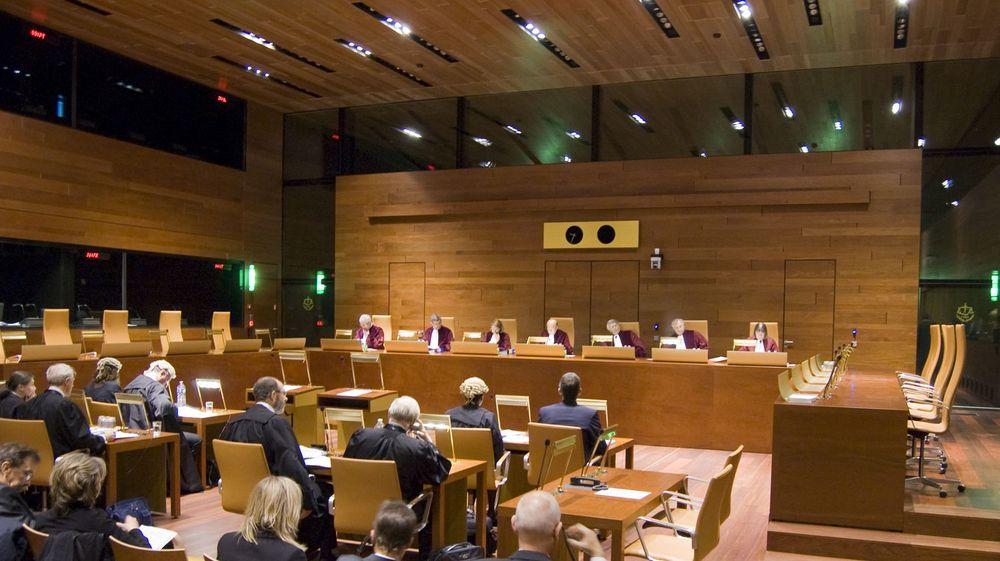 EU-domstolen (bildet) har bestemt at du ikke trenger å be om lov for å lenke til opphavsrettet materiale på nettet.
