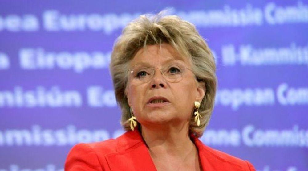 EUs justiskommissær Viviane Reding er oppbrakt etter de siste avsløringene av USAs overvåkningskapasitet.