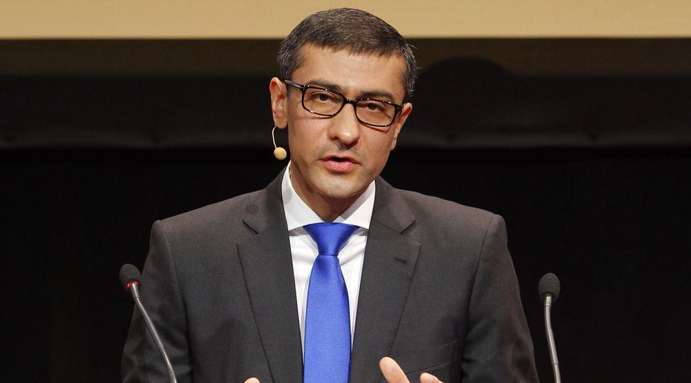 Toppsjef i Nokia Siemens,Rajeev Suri, får nå bare en eier etter at Nokia kjøper ut sin tyske partner. Selskapet han leder har kuttet knallhardt i kostnadene det siste året og tjener nå penger.