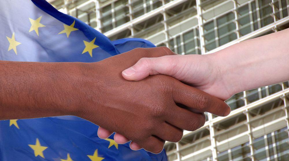 EU-kommisjonen ønsker at offentlige myndigheter i større grad fokuserer på åpne standarder, som åpner for utveksling av data på tvers av ulike systemer, i stedet for å fokusere på enkeltleverandører og -produkter.