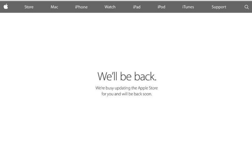 Denne meldingen, på en rekke ulike språk, har preget Apples russiske nettbutikk siden i går.