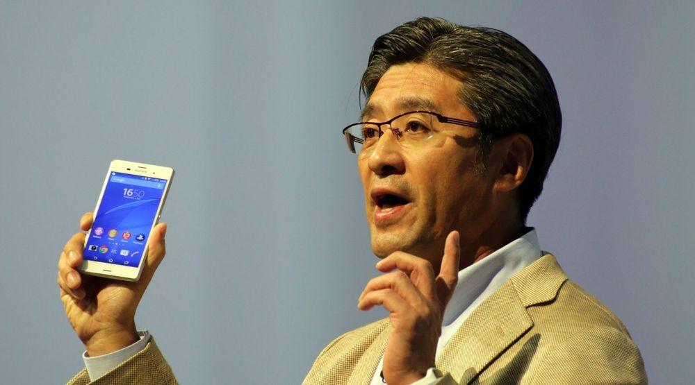 PENGESLUK: Sonys mobilsjef Kunimasa Suzuki presenterte det nye flaggskipet Xperia Z3 under IFA-konferansen i Berlin tidligere denne måneden. Spørsmålet er om toppmodellen kan bøte på gigantunderskuddet det japanske teknologiselskapet nå styrer mot.