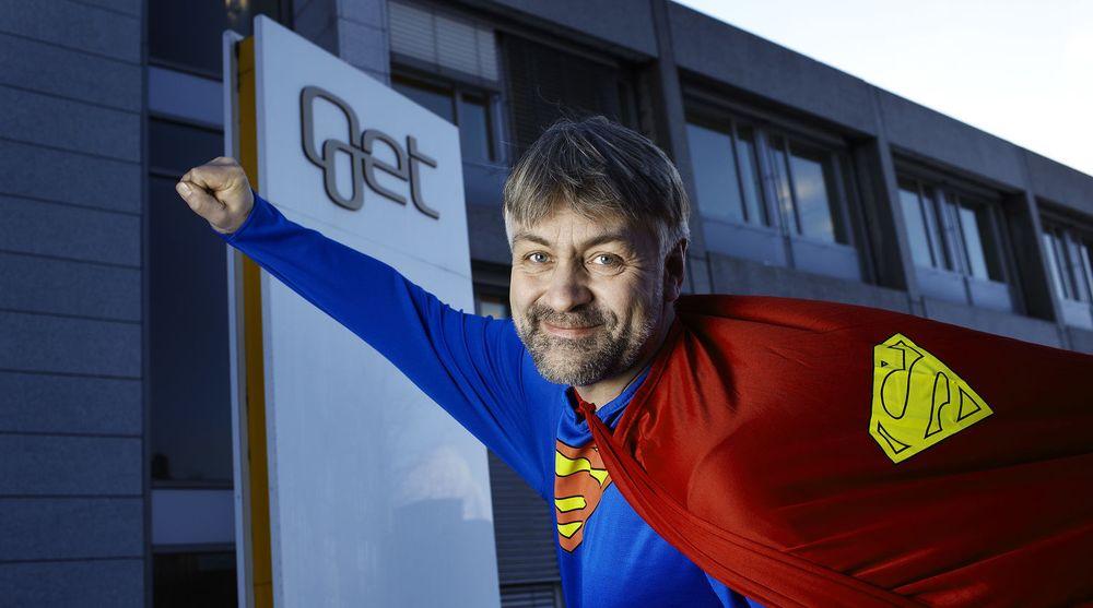 Gunnar Evensen, for anledning i supermanndrakt, tror på store synergier mellom Get og danske TDC.