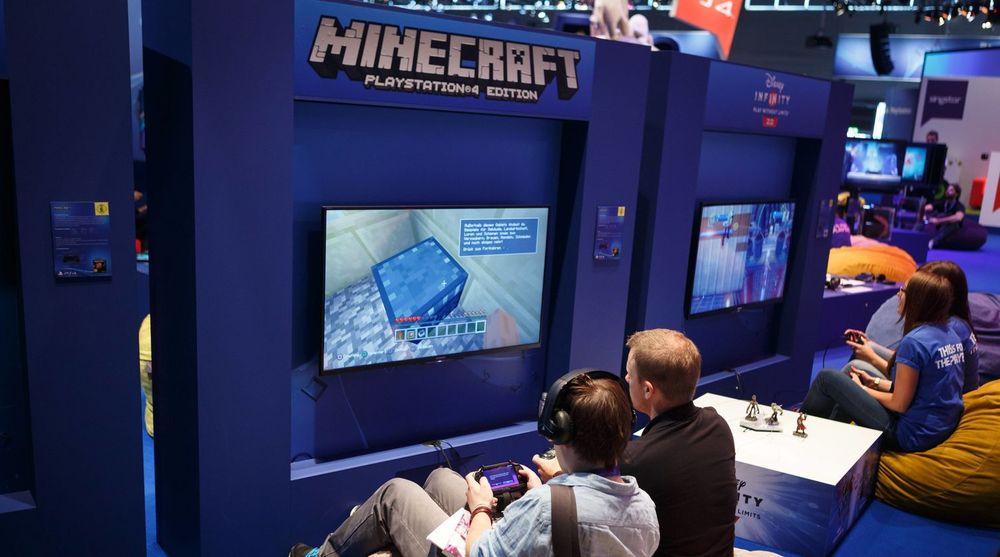 Minecraft er utgitt til en rekke plattformer. Bildet er fra en spillmesse Gamescom som ble arrangert i Köln i august.