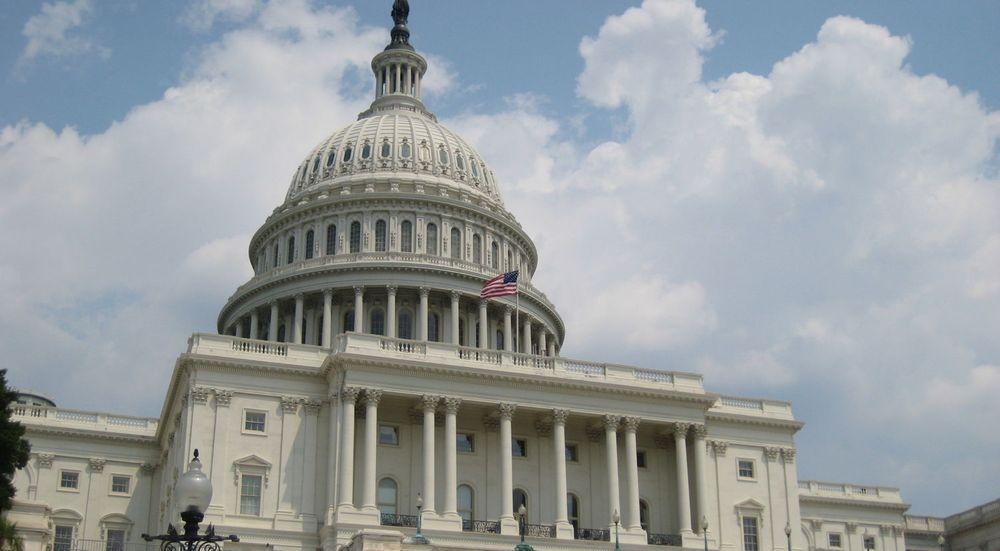 Medlemmer av USAs nasjonalforsamling vet langt mer om etterretningsvirksomheten enn det som er kommet fram i lekkasjene til Edward Snowden. Bare et lite mindretall kritiserer virkemidlene, blant annet den omfattende arkiveringen av teletrafikkdata og nettkommunikasjon.