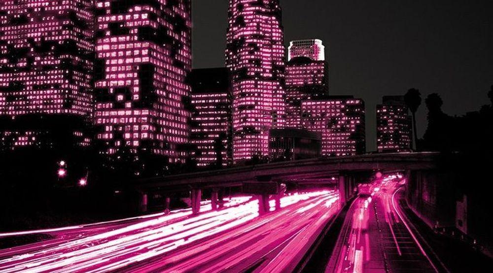 LOVER MER FART: T-Mobile har kunngjort at deres LTE/4G-nett skal dekke 200 millioner kunder i løpet av 2013. Det blir med en nyere antenneteknologi, som på sikt også kan komme norske mobilkunder til gode.