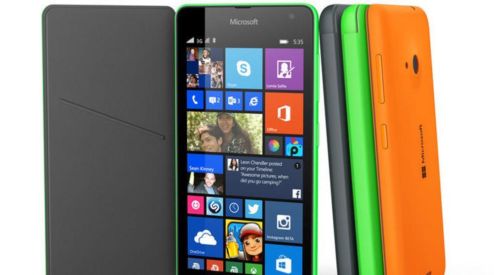 Microsofts første Lumia-telefon uten Nokia-varemerket kommer i salg i noen land i løpet av november.