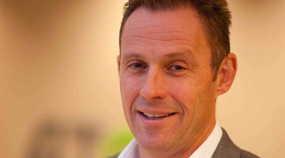 Atea har solgt over 1.000 Surface Pro 3-maskiner til halv pris. Hva dette koster selskapet sier administrerende direktør Dag Fodstad at han ikke har regnet på.