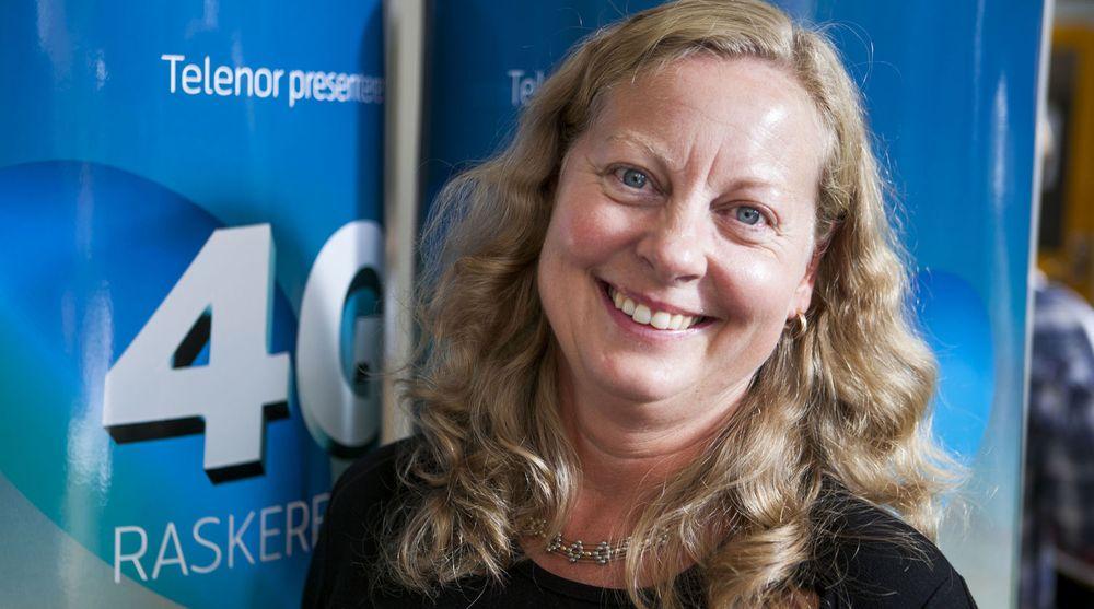 Telenor Norge-sjef Berit Svendsen beklager problemene som oppsto torsdag kveld, og sier at de nå skal granske hendelsen og iverksette tiltak for å unngå en reprise.