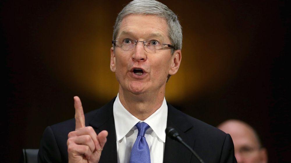 Apples toppsjef forsvarte seg heftig mot skattekritikken fra amerikanske folkevalgte tirsdag.