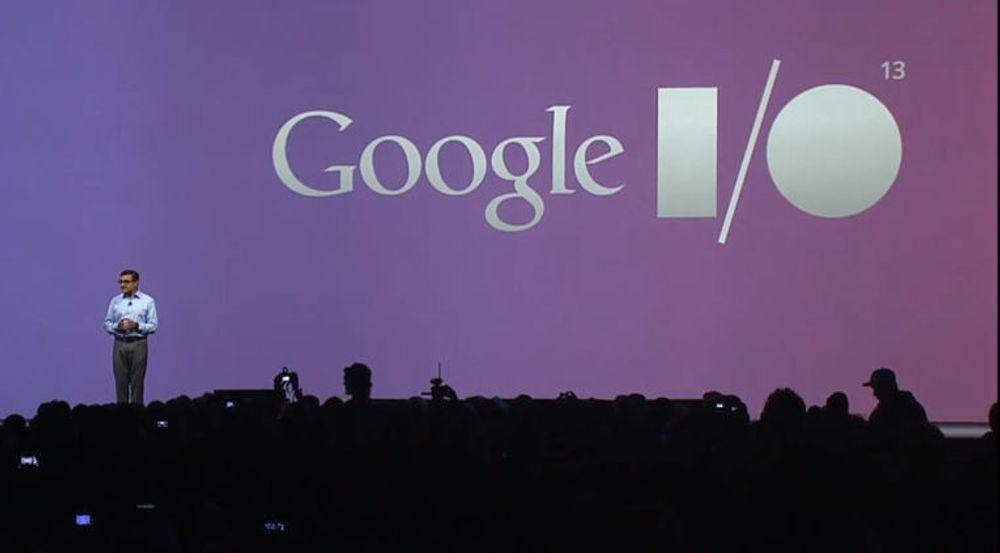 Vic Gundotra, Senior Vice President, Engineering ved Google, innledet hovedtalen.