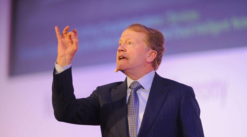 Cisco-topp John Chambers er svært fornøyd med selskapets resultater for det fiskale tredje kvartal. Særlig på serversiden gjør selskapet det bra.