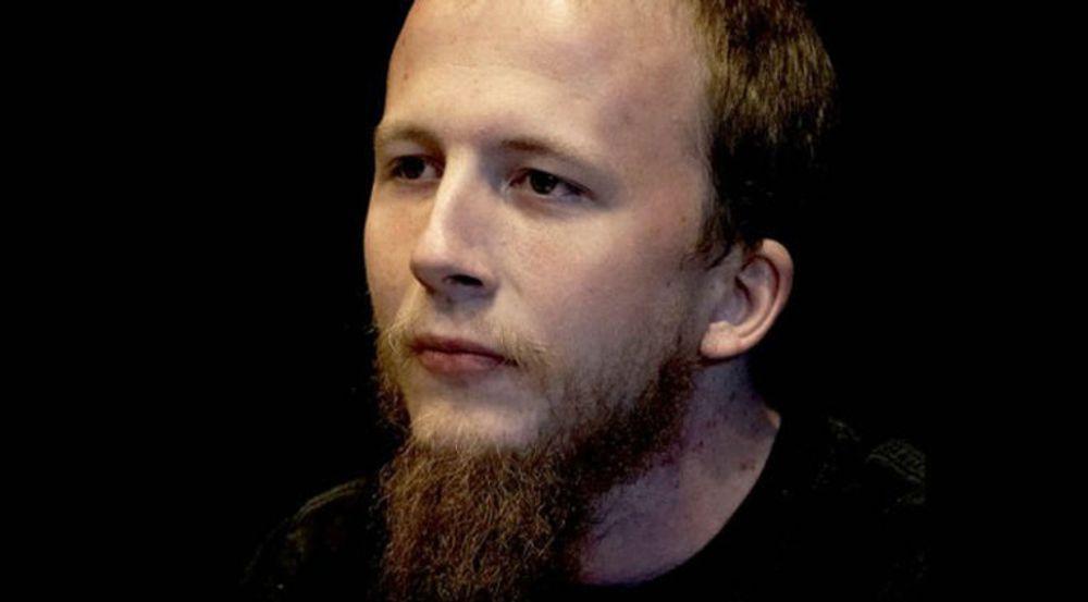 Gottfrid Svartholm Warg stiller seg uforstående til tiltalen. Han mener at hans pc har blitt misbrukt og fjernstyrt av kriminelle.