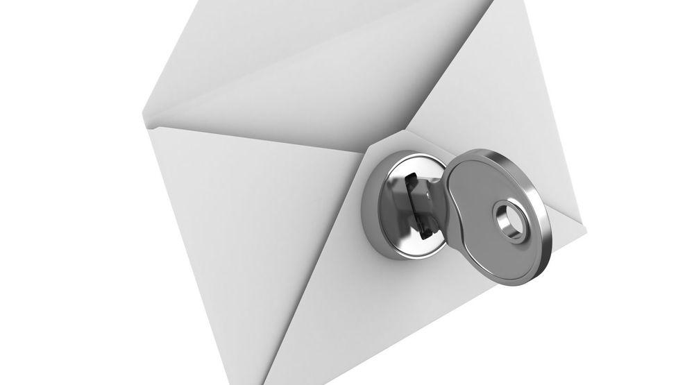 Selv om mye e-post blir kryptert under alle etappene på veien mellom avsender og mottaker, er det bare ende-til-ende-kryptering som kan anses som helt trykt. Da krypteres meldingen før den sendes og må låses opp med en nøkkel som kun den egentlige mottakeren kjenner.