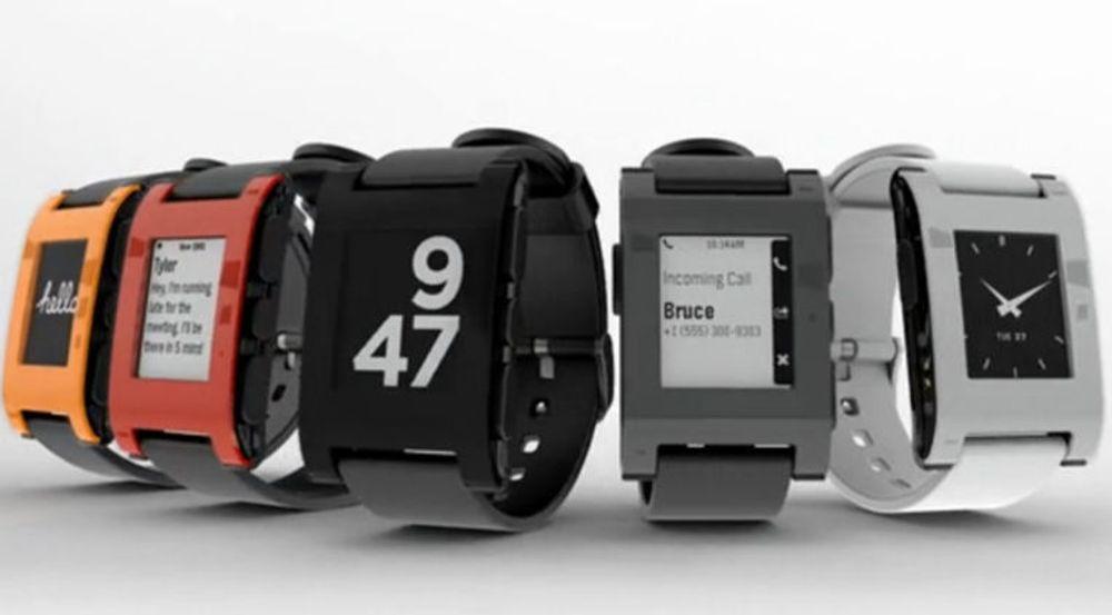 Pebble ligger an til å selge flere smartur verden over i 2013 enn gigantene Sony og Motorola til sammen. Oppstartselskapet har samtidig et solid forsprang til giganter som Apple, Google, Microsoft og Samsung.