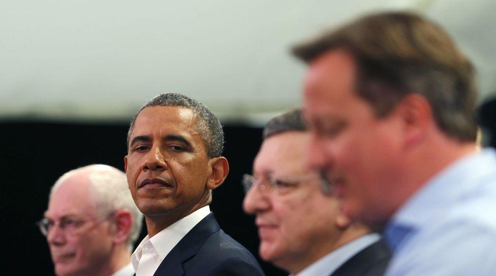 Det er spenning mellom USA (her representert av president Obama) og europeiske toppledere. Ytterst til venstre Herman Van Rompuy, i midten Jose Manuel Barroso og ytterst til høyre: britenes statsminister David Cameron.