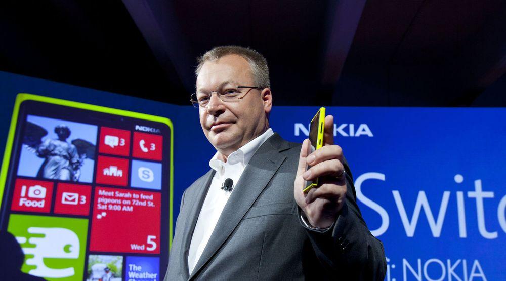 Nokias toppsjef, Stephen Elop, må bare konstatere at selskapets obligasjonslån sklir lengre og lengre ned i søppel-kategoriene til kredittrating-byråene.