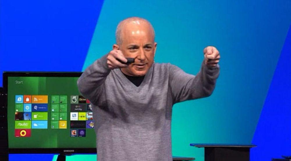Steven Sinofsky var ansvarlig for Microsofts Windows 8 da han i fjor høst takket for seg. Nå har han inngått en sluttavtale med programvaregiganten, som forplikter han til blant annet ikke snakke nedsettende om sin tidligere arbeidsgiver.