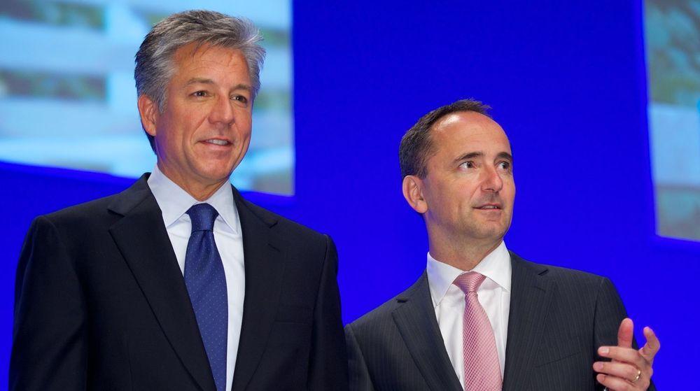 De likestilte toppsjefene i SAP, Bill McDermott og Jim Hagemann Snabe, sier SAP nå er verdens neststørste leverandør av nettskytjenester i bedriftsmarkedet.