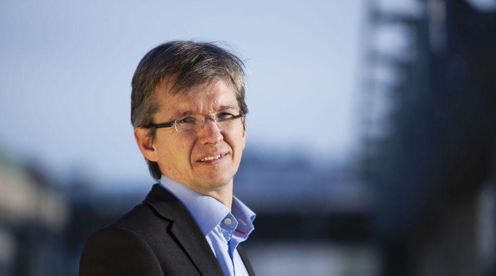 Abelia-leder Paul Chaffey har sagt opp med umiddelbar virkning og blir statssekretær for Jan Tore Sanner i departementet som skal ha ansvaret for digitaliseringspolitikken.