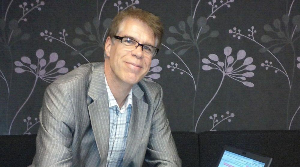 IT-rådgiver Bjørn Venn i Akershus fylkeskommune er kritisk til måten en rekke kommuner og fylkekommuner, ifølge ham, skal ha gått til anskaffelse av telefoniløsninger på.