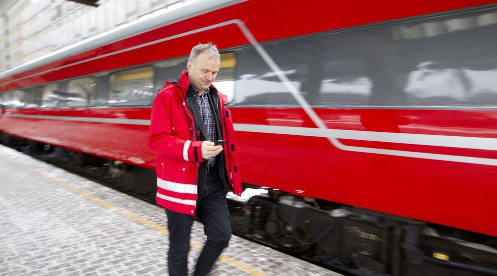Togene stoppet opp etter nettverksfeil i nødnettsystemet.