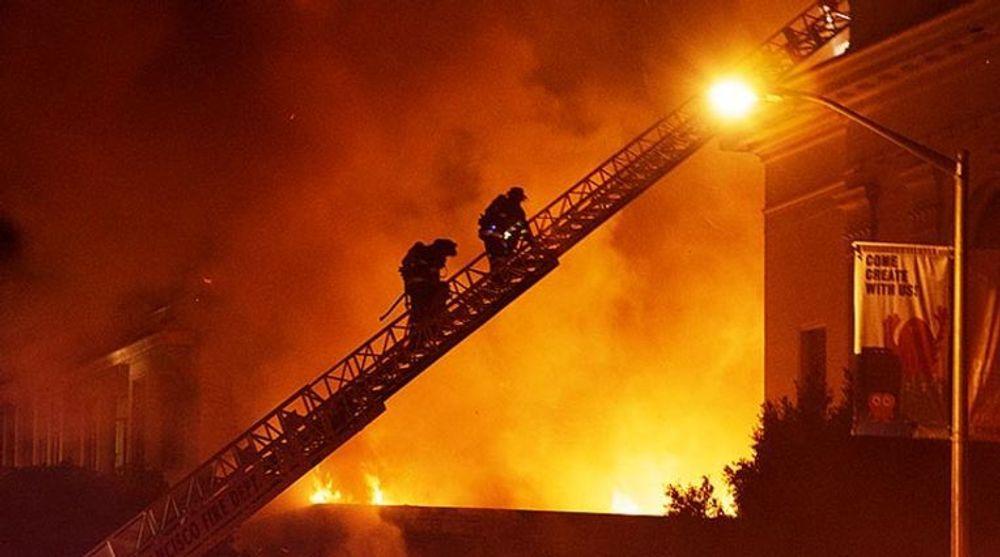 Til alt hell gikk ikke noe data tapt da det brøt ut brann ved hovedkontoret til The Internet Archive forrige uke. Men stiftelsen bak søker nå hjelp til å gjennoppbygge det som gikk tapt.