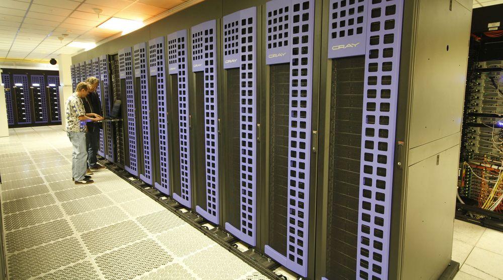 Superdatamaskinen Catalyst bruker SSD-er som ikke-flyktig minne, ikke bare til mer varig lagrings. Dette åpner for nye tilnærminger innen avansert simulering og databehandling.