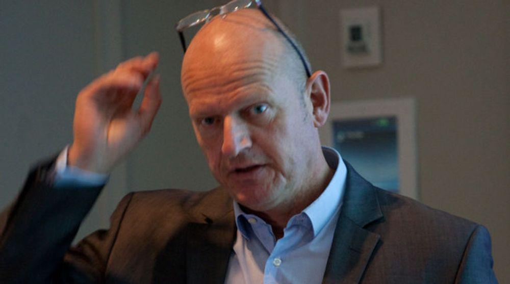 En tilskuddsordning for bredbånd er vel og bra, men får langt dårligere effekt enn å fjerne barrierene for bredbåndsutbygging, sier Bjørn Rønning, leder for Norsk fiberforum.