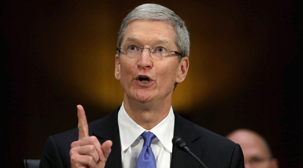 Kongressen anklaget Apple-sjef Tim Cook for å ha unndratt 74 milliarder dollar i skatt. USAs finanstilsyn har tatt parti for Cook.