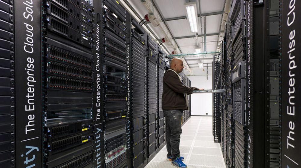 Blant verdens ledende skyleverandører: Intility fungerer som kundenes IT-avdeling. Tjenestene blir levert over internett fra datasentrene til Digiplex på Ulven og Rosenholm.