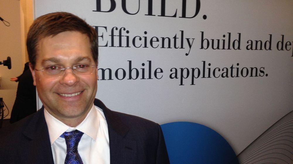 Phil Buckellew leder IBM MobileFirst. Han mener BlueMix kan gjøre alle slags organisasjoner, små og store, i stand til å utvikle hensiktsmessig mobile applikasjoner raskt og effektivt.