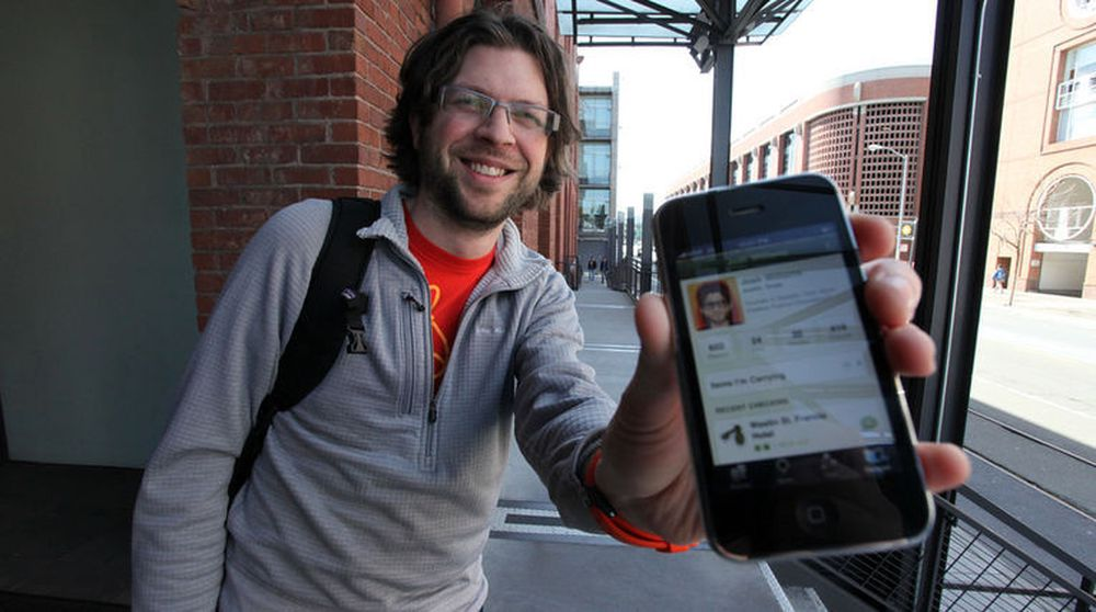 Spiser sin egen hundemat: Produktsjef Josh Williams i Facebook var medgründer og toppsjef i Gowalla, som Facebook kjøpte i 2011 og senere la ned. Bildet viser Gowallas mobilutgave.