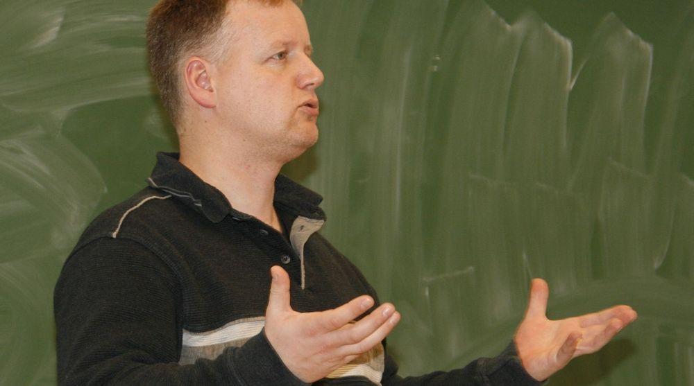 OPPGITT: FAD fremstår som teknologiske museumsvoktere, og rene kompiskapitalister med Microsoft, skriver Knut Yrvin.