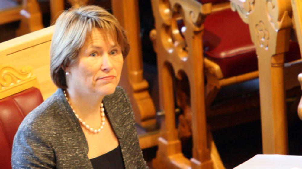 Justisminister Grete Faremo har bevilget 12 millioner kroner til kryptert samband for myndighetene.
