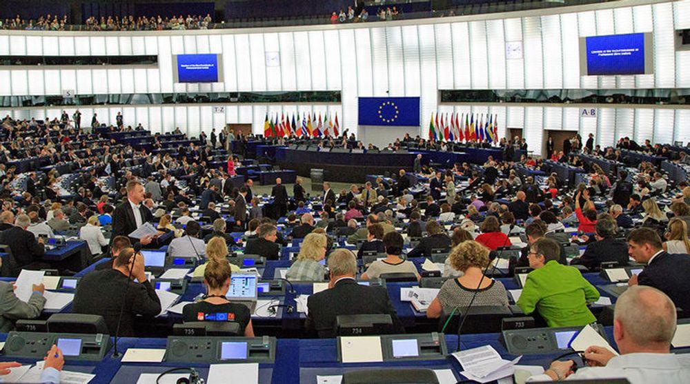 Europaparlamentet skal denne uken stemme over et forslag om å åpne for splitting av selskaper som står bak dominerende søketjenester. I praksis er et bare Google som har en slik posisjon i Europa.
